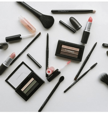 MAC Beauty Exclusives-grp