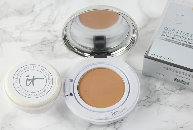 it-cosmetics-confidence-in-a-compact-foundation-med